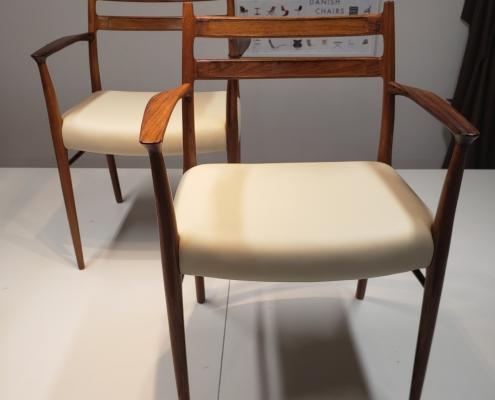 Spisebords stol med lyst læder