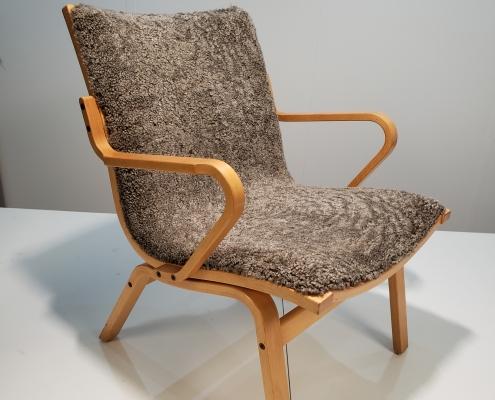 Fåreskindpolstret stol